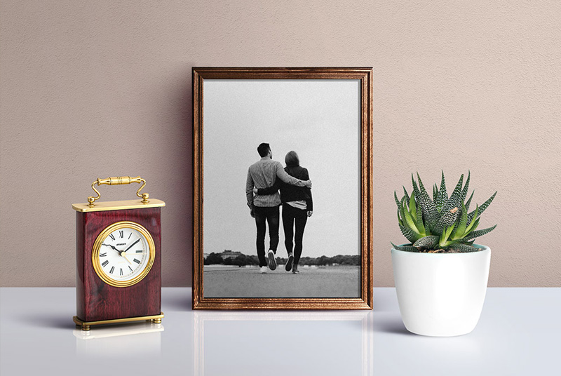 Beautiful-Picture-Frame-Mockup-PSD