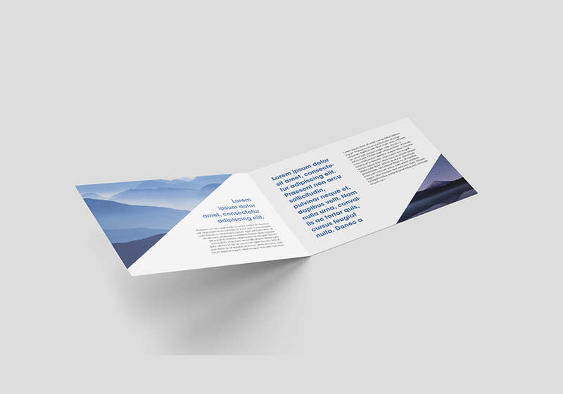 Horizontal-Folded-Brochure-Mockup-PSD-3
