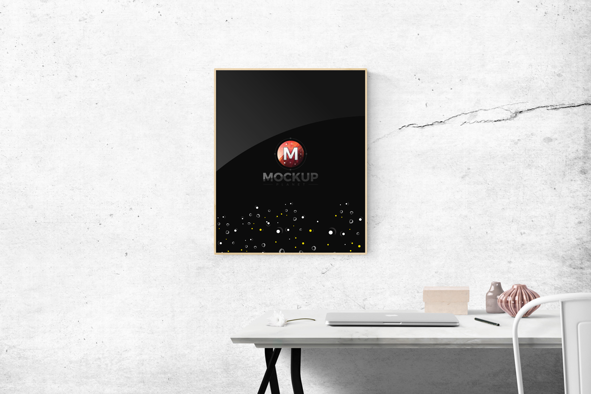 Free-Photo-Frame-Mockup-PSD-Template
