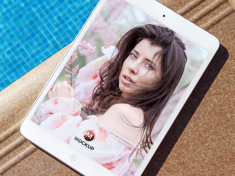 Free-iPad-Mockup-Beside-Swimming-Pool-Preview-2