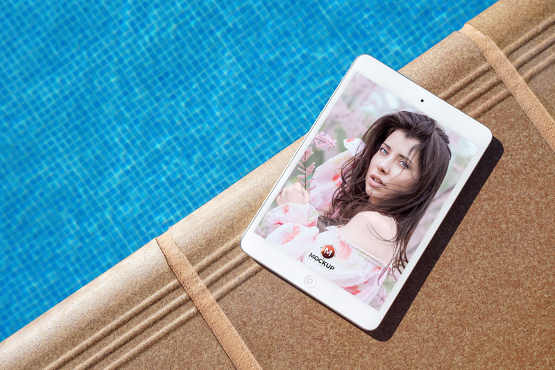 Free-iPad-Mockup-Beside-Swimming-Pool