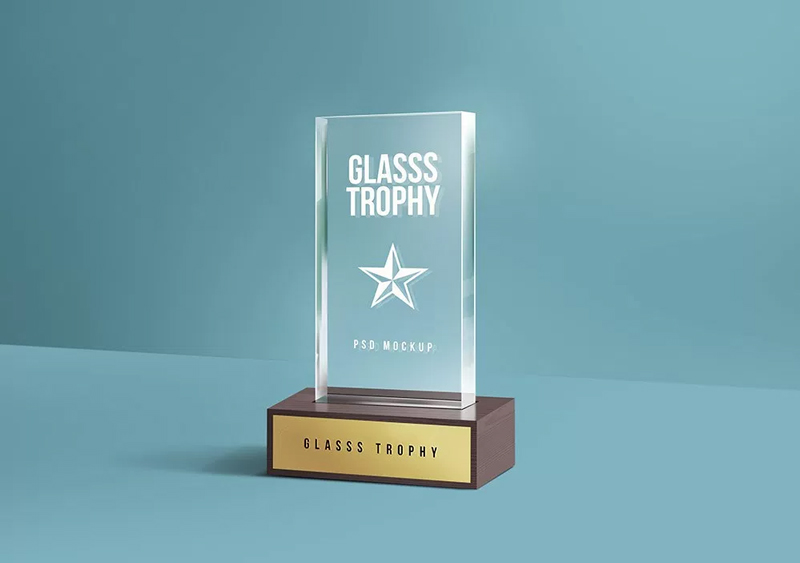 Glass-Trophy-Mockup-1