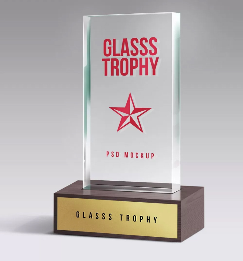 Glass-Trophy-Mockup-3