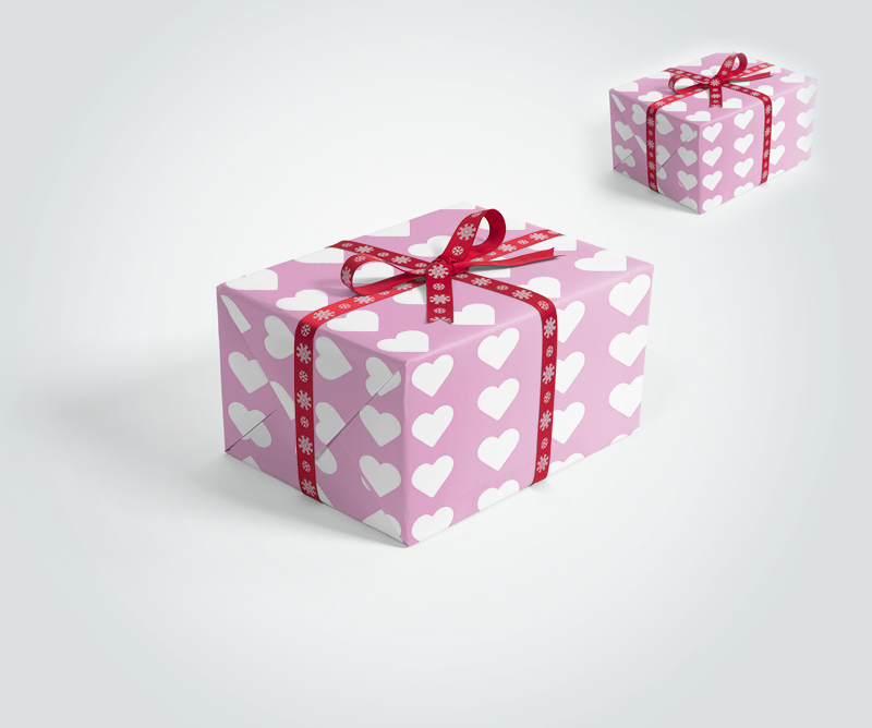Free-Gift-Box-with-Ribbons-Mockup