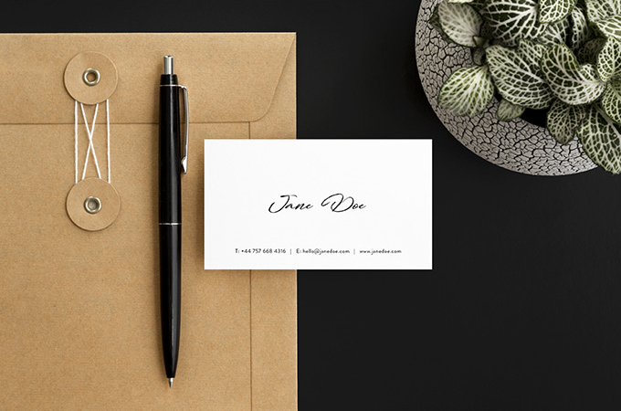 Free-Scandi-Minimalist-Business-Card-Mockup-3