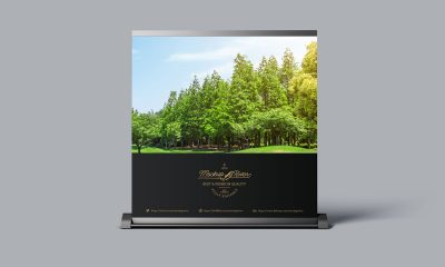 Free-Display-Billboard-Mockup