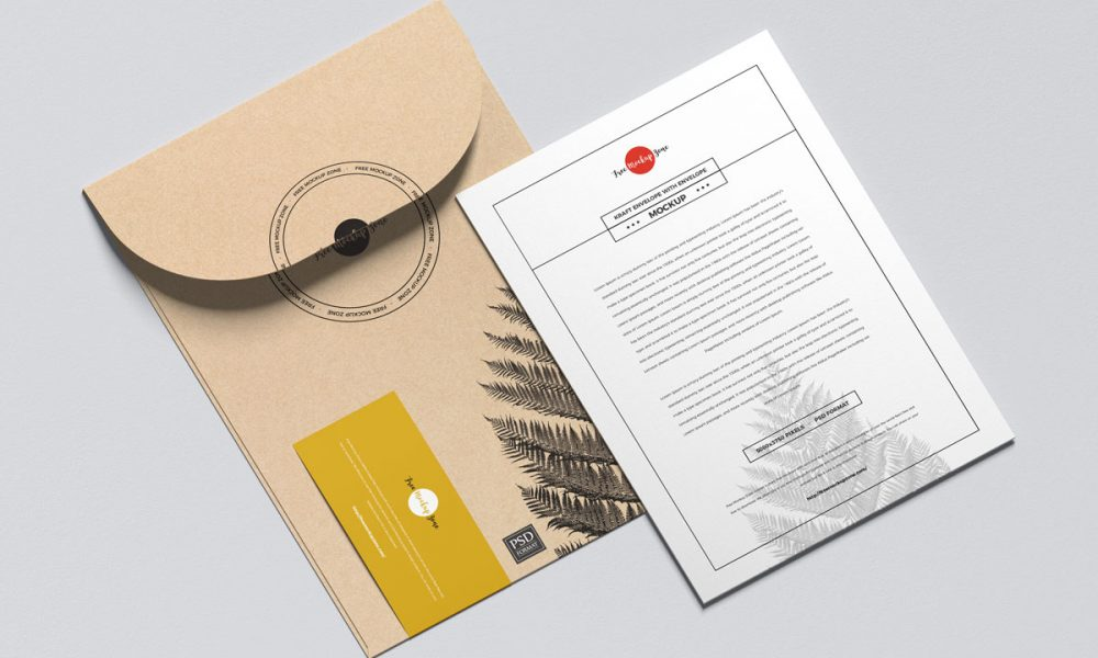Free-Mailing-Envelope-With-Invitation-Mockup-Design