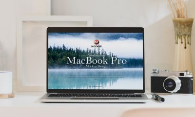 Free-Workstation-MacBook-Pro-Mockup-Design