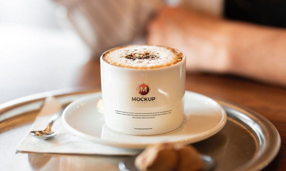 Free-Coffee-Cup-Logo-Mockup-Design